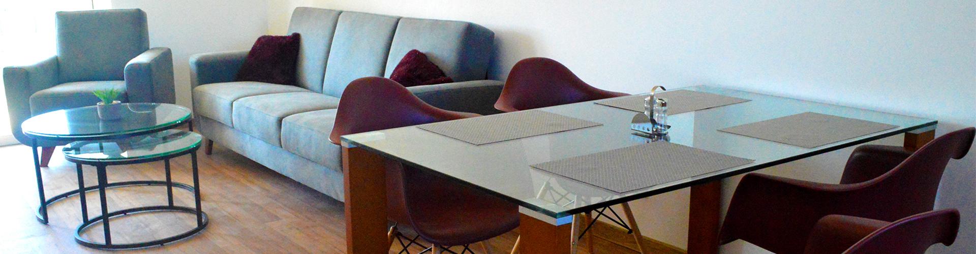 Mramor a drevo: nadčasový luxus